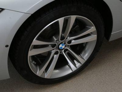 BMW 3-Serie Sedan 330e 200 kW / 272 pk High Executive 4d. (15% bijtelling)