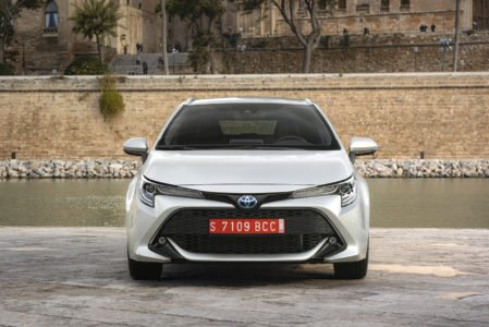 Toyota Corolla Touring Sports 1.8 Hybrid 90kW / 122pk Business Automaat 5d.