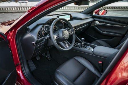 Voordelig de nieuwe Mazda 3 leasen - LeaseRoute15