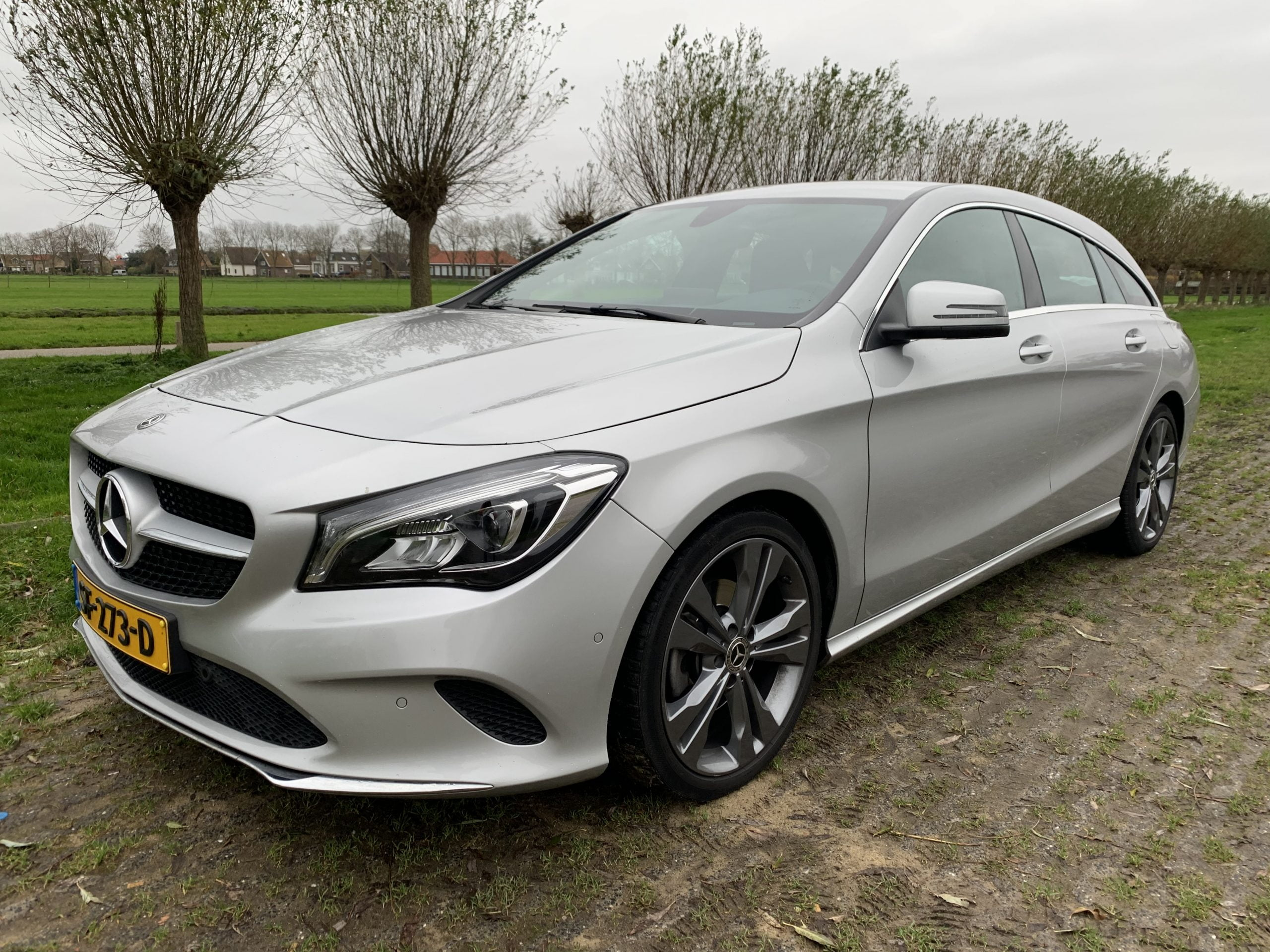 Mercedes-Benz CLA Shooting Brake 180 Business Solution Plus Upgrade Edition 5d.