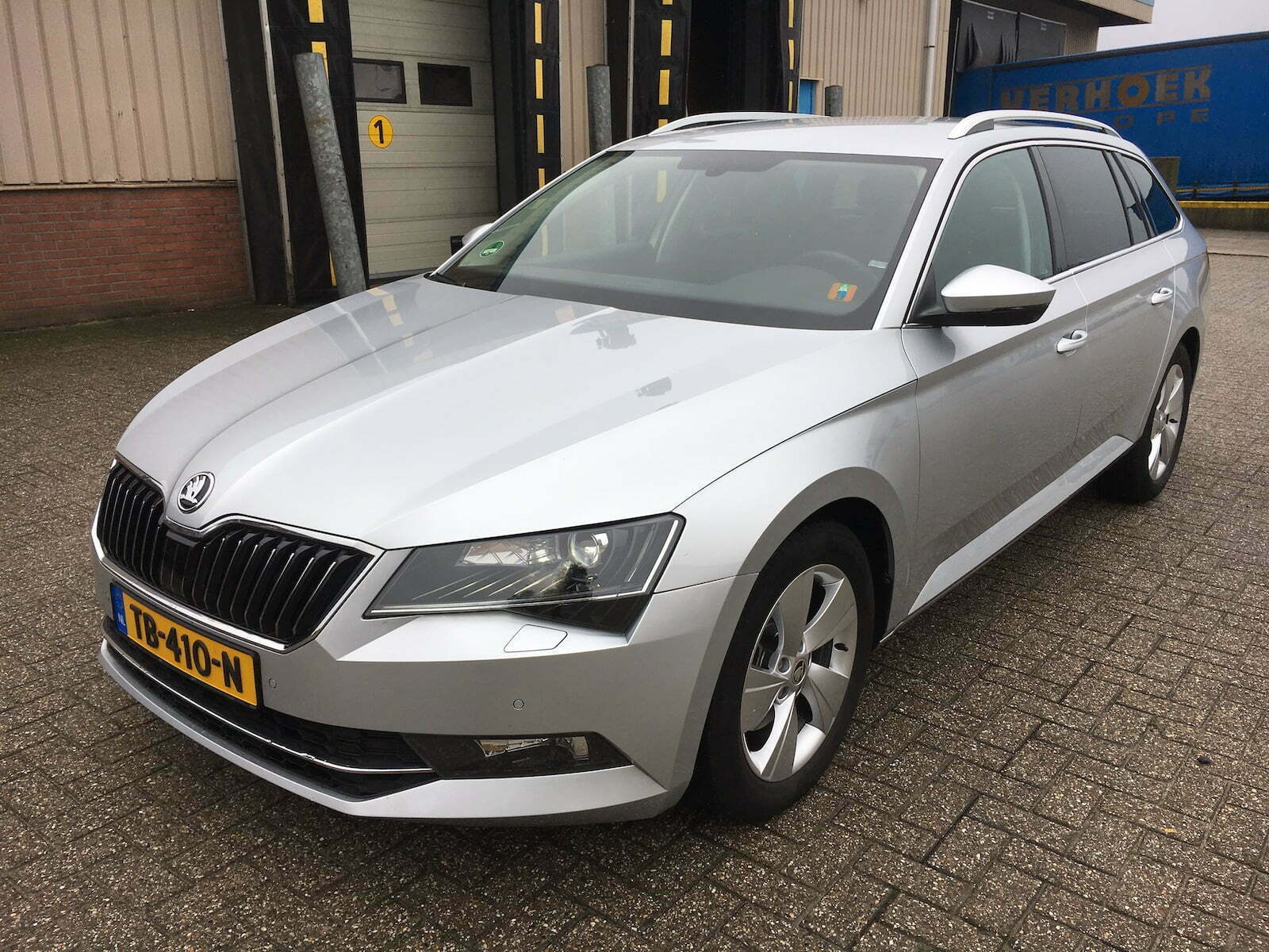 Skoda Superb Combi 1.6 TDI 120pk Ambition Business 5d. (Overnamebonus!)
