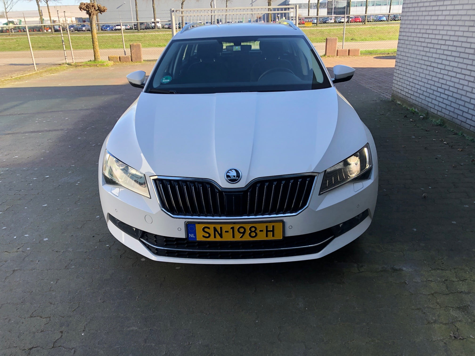 Skoda Superb Combi 1.6 TDI 120pk DSG-7 Ambition Business 5d. (12 maanden!)