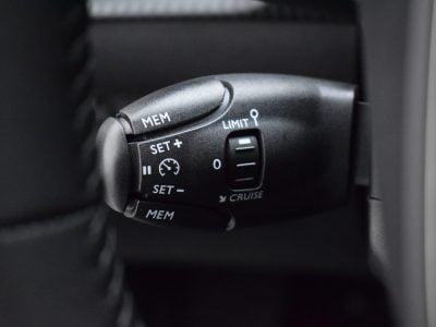 Peugeot e-208 leasen - LeaseRoute (2)