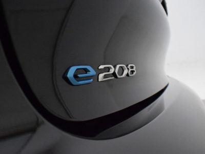 Peugeot e-208 leasen - LeaseRoute (56)