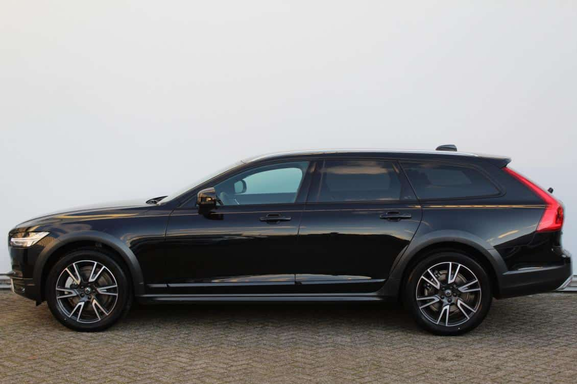 Volvo V90 Cross Country T5 188kW/255pk AWD Pro Automaat 5d.