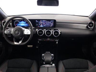 Mercedes-Benz CLA (15)