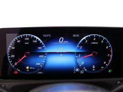 Mercedes-Benz CLA (5)
