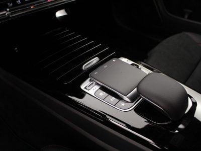 Mercedes-Benz CLA (9)