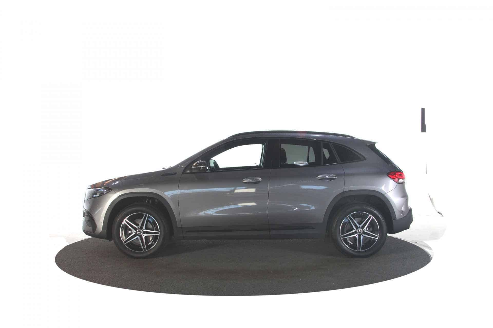 Mercedes-Benz EQA 250 Business Solution AMG Automaat 5d.