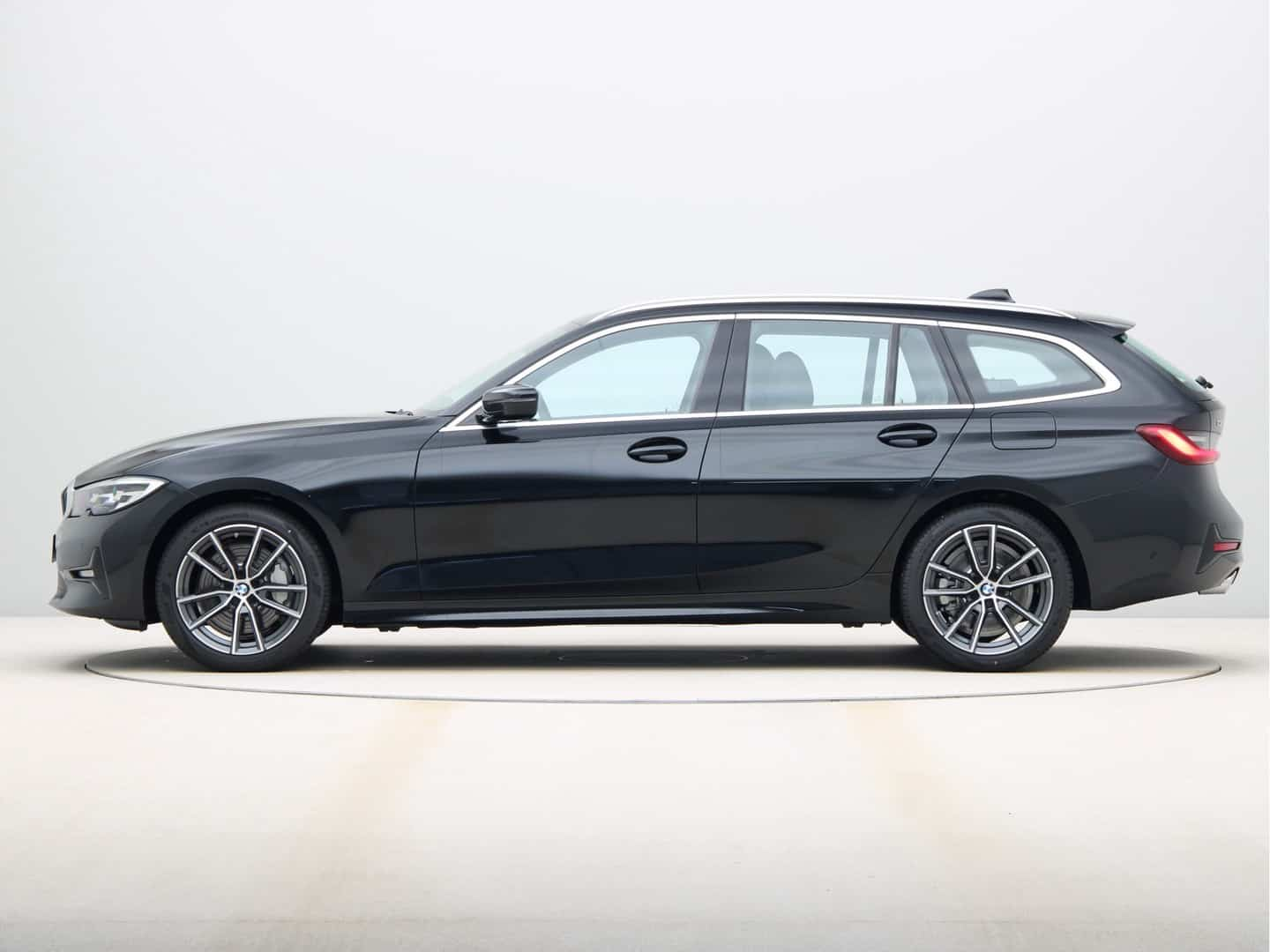 BMW 3-Serie Touring 330i Introduction Executive Edition Automaat 5d.
