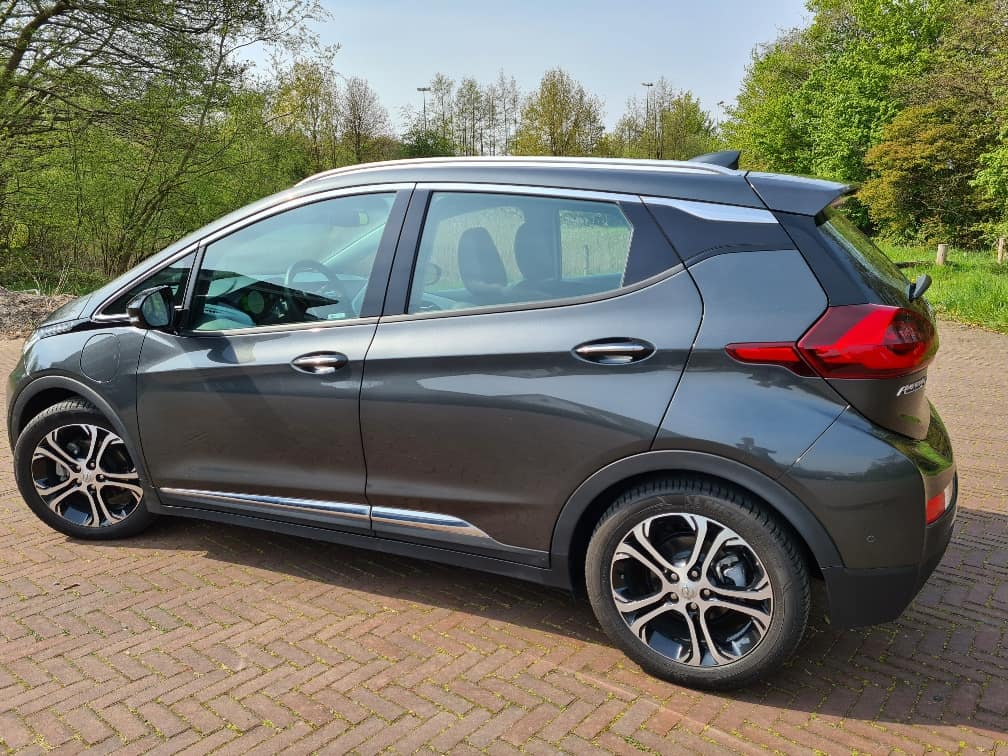 Opel Ampera-e 150kW Business Executive 5d. (4% bijtelling + Verhoogde overnamebonus!)